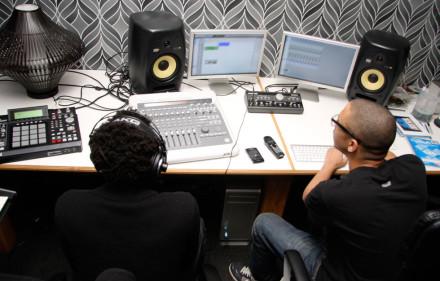 audio-recording-studio-5