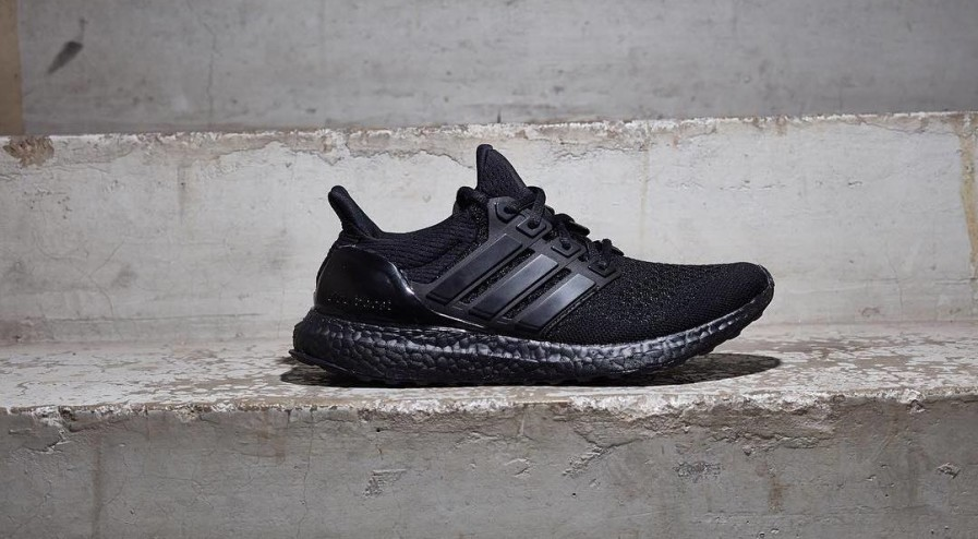 adidas-ultra-boost-triple-black-3